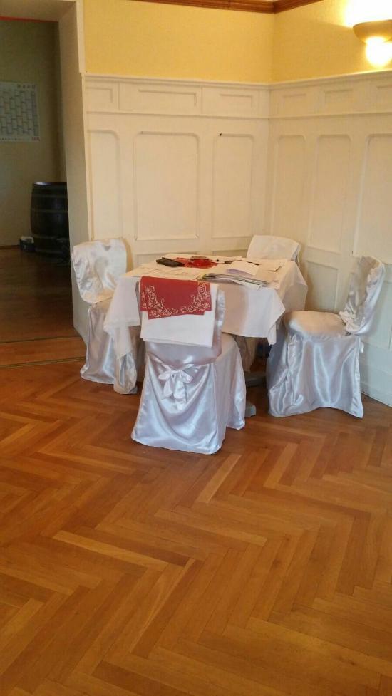Hotel-Restaurant Burg Weisenau