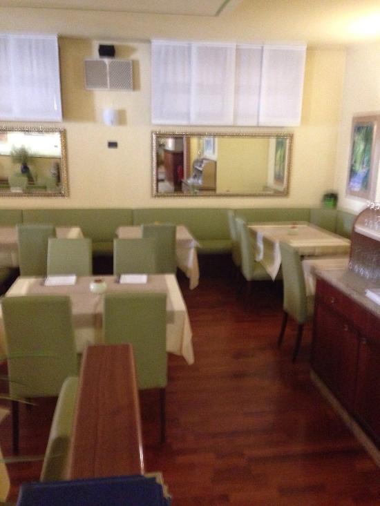 ristorante pizzeria alla pace vedelago restaurant bewertungen telefonnummer fotos. Black Bedroom Furniture Sets. Home Design Ideas