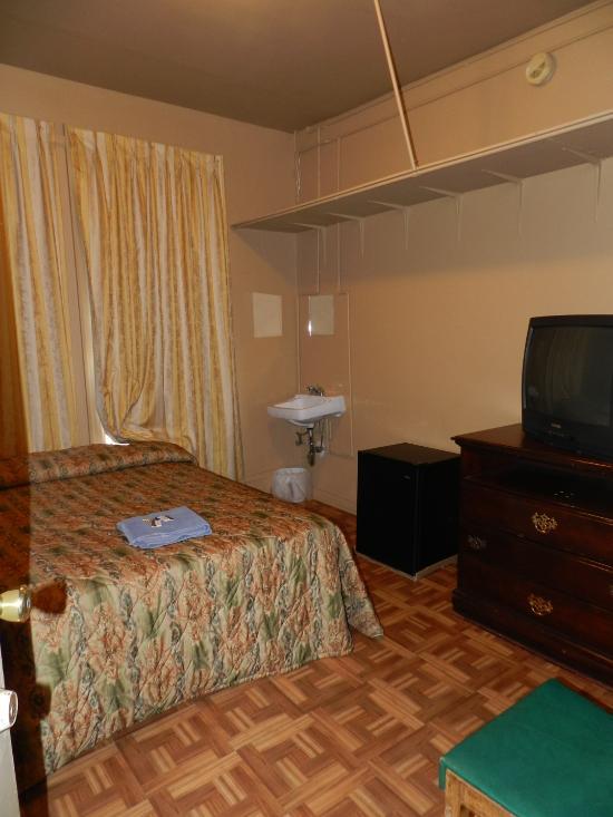 reviews hotel entella review ffae