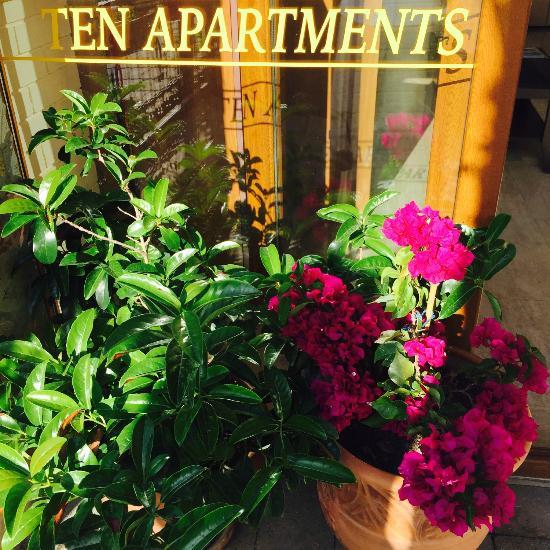 Ten Apart Hotel