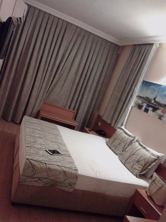 네빌루흐 호텔