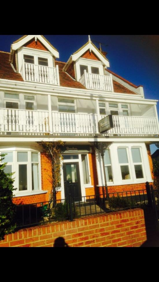 guest house the beaches southendonsea  guesthouse reviews, beaches guest house southend, beaches guest house southend for sale, beaches guest house southend reviews