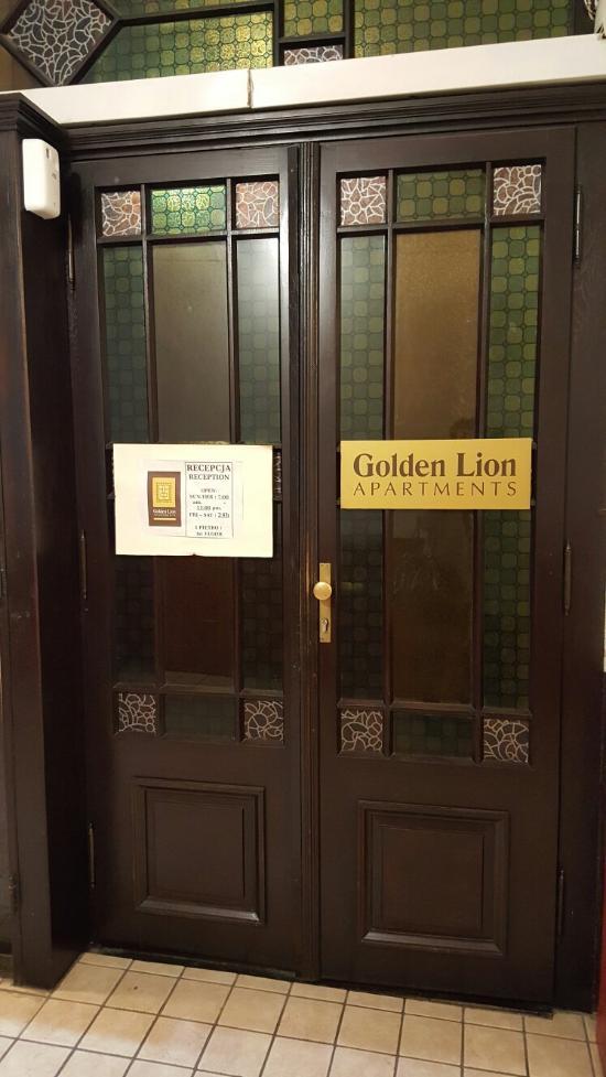 Golden Lion Apartments
