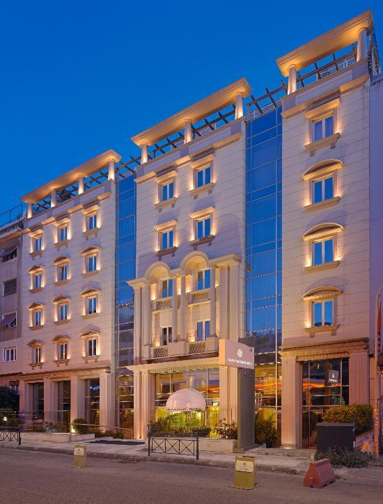 愛若特斯特拉托斯瓦西利科斯酒店