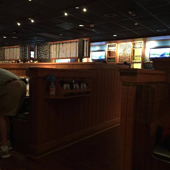 Nov 11,  · We visited the Outback Steakhouse on Sam Rittenberg Blvd in Charleston S.C. Saturday September 15th During this time frame South Carolina was in /5().