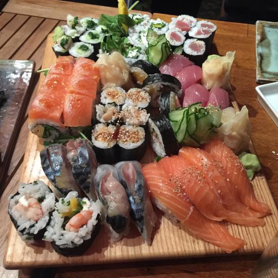 Flying Fish Sushi Berlin Schoneberg Restaurant Reviews Photos Phone Number Tripadvisor