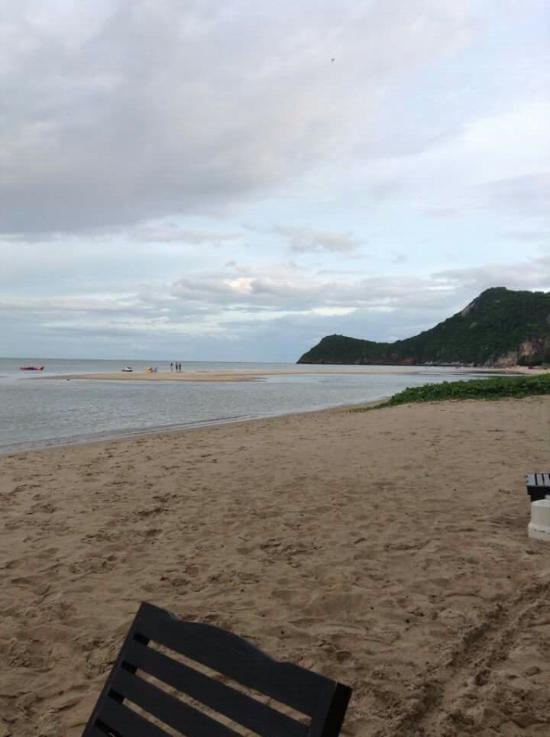 Cha-am Fishing Inn & Resort