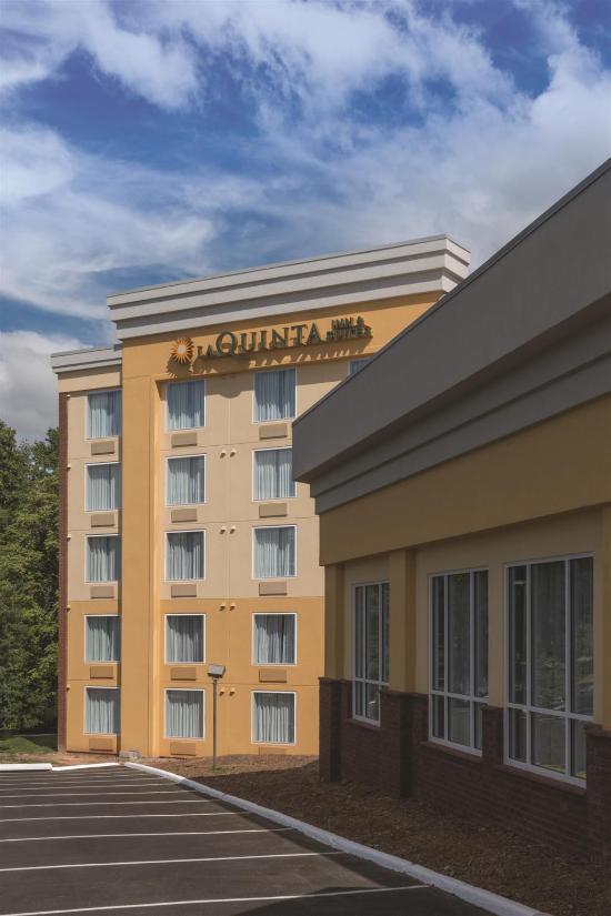 la quinta inn suites lynchburg at liberty univ va. Black Bedroom Furniture Sets. Home Design Ideas