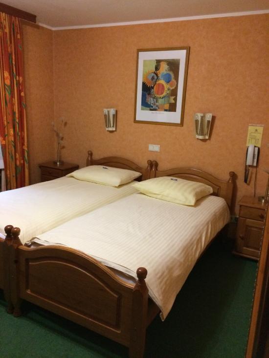 Logis Hostellerie Val Fleuri
