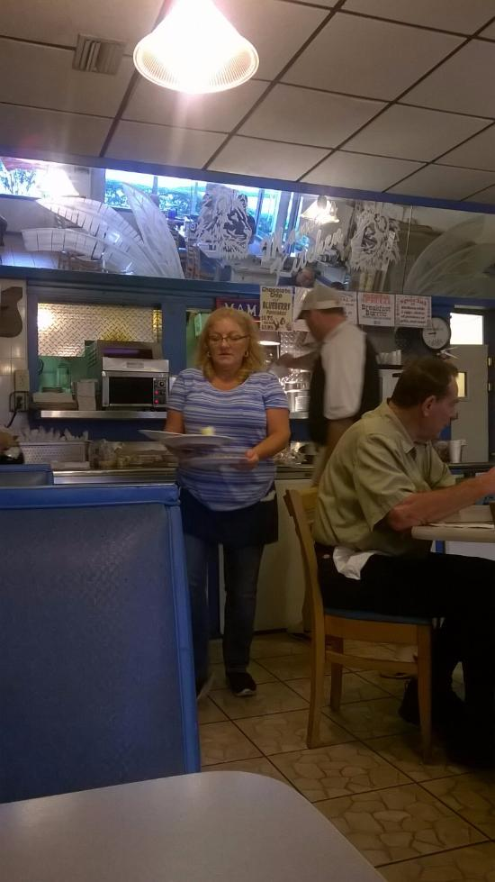 mamas kitchen tampa 5524 s dale mabry hwy restaurant reviews rh tripadvisor com mama's kitchen tampa florida ave mamas kitchen tampa fl 33612