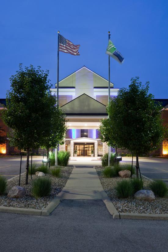 Holiday Inn Express Cedar Rapids (Collins Road)