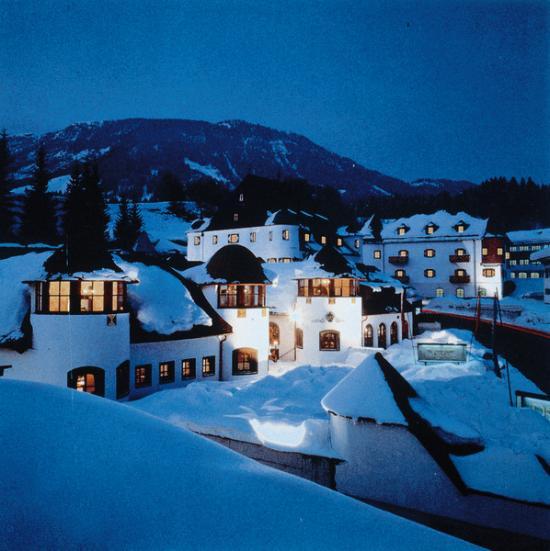 MIRA Hotel Schloss Rosenegg