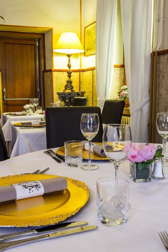 La tete des faux restaurant vecchia roma le bonhomme for La vecchia roma ristorante roma