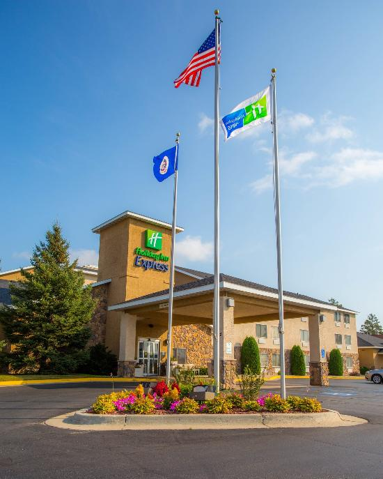 Holiday Inn Express Bemidji
