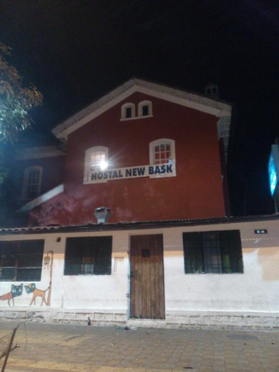 New Bask Hostal