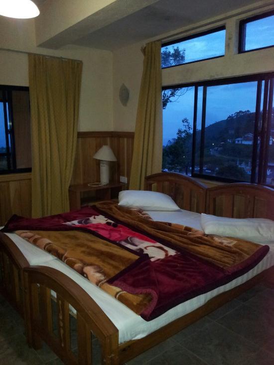 High Cliffe Hotel