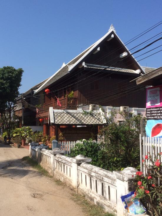 Pakhongthong Guesthouse