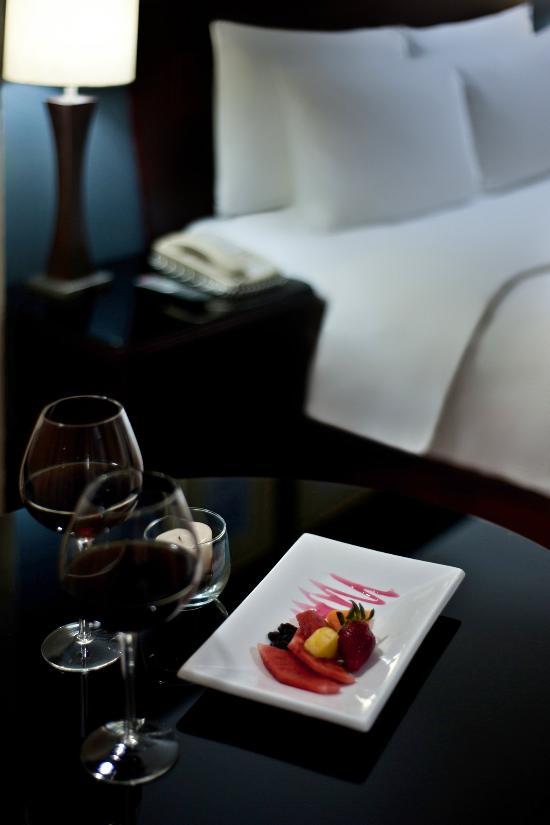 โรงแรมโฮเดลป้าเซนโทร่พลาซ่า