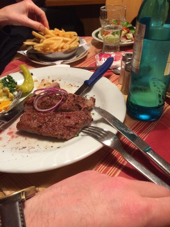 Gruener baum rothenburg bettenfeld 33 restaurant avis for Cuisine xxl allemagne