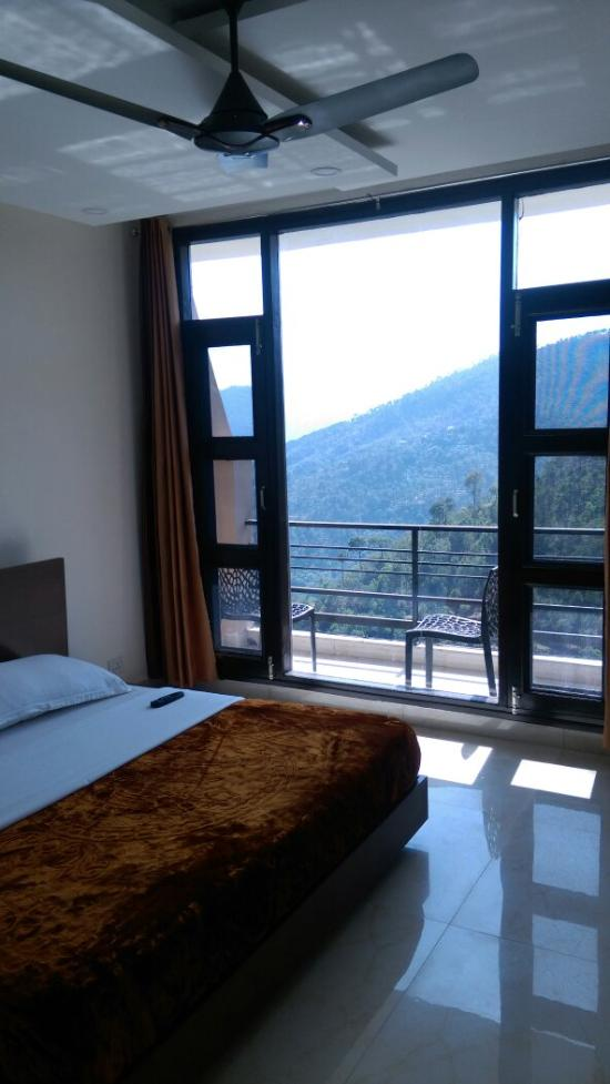 whispering pines home stay kasauli himachal pradesh guesthouse rh tripadvisor in