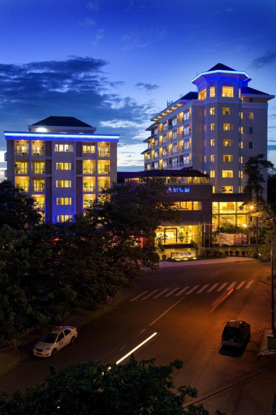 Park View Hue Hotel