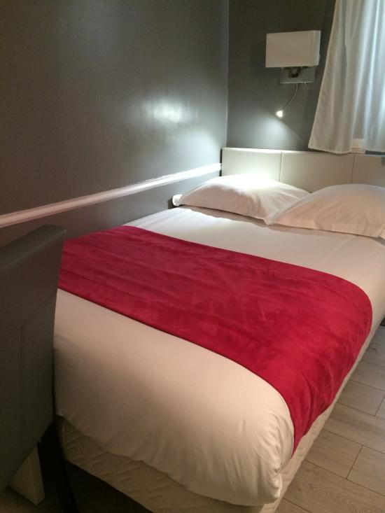 因特普羅尼酒店