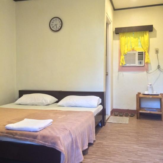 Blue Wave Inn Siquijor Room Rates