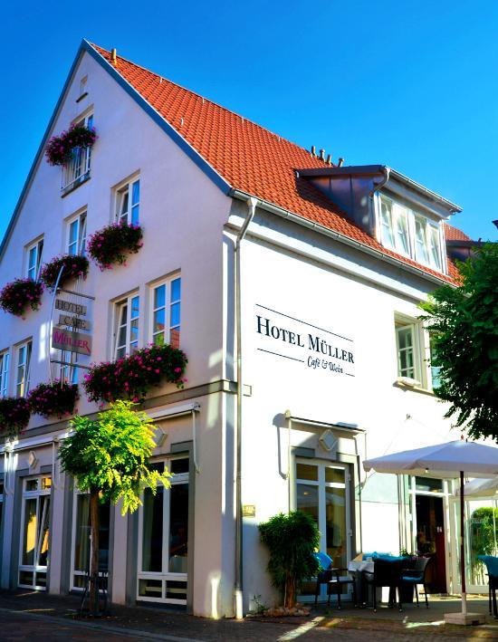 Hotel-Cafe Mueller