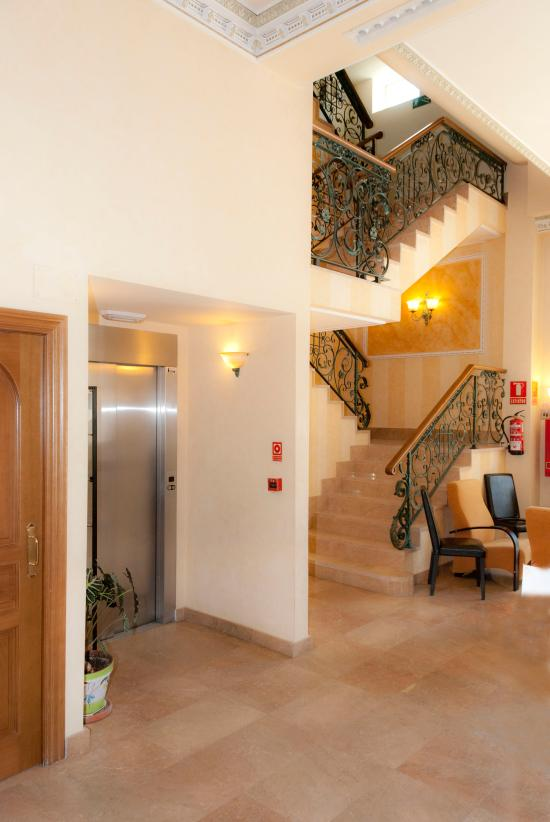 Hotel Abadía Camino de Santiago