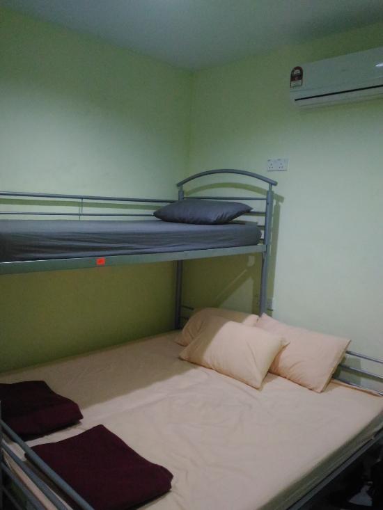 royal palm lodge prices hostel reviews kuala lumpur malaysia rh tripadvisor com