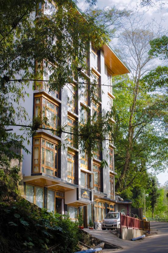 Amazing Staff And Hotel Review Of The Sikkim Retreat Gangtok Tripadvisor