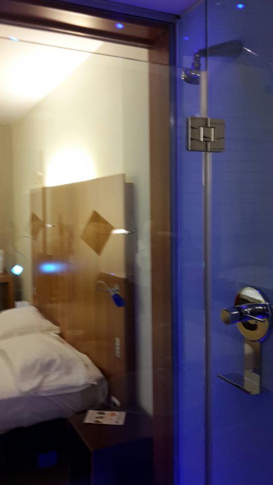 アイポイントホテル