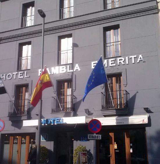 蘭布拉埃梅里塔酒店