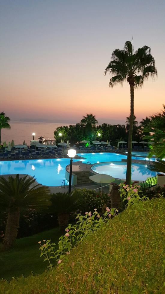 Fantasia Hotel De Luxe