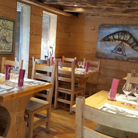 La grange besan on 17 avenue elisee cusenier restaurant avis num ro de t l phone photos - Restaurant la grange besancon ...