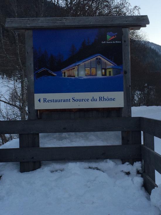 Source du rhone restaurant obergesteln restaurant avis for Piscine du rhone restaurant