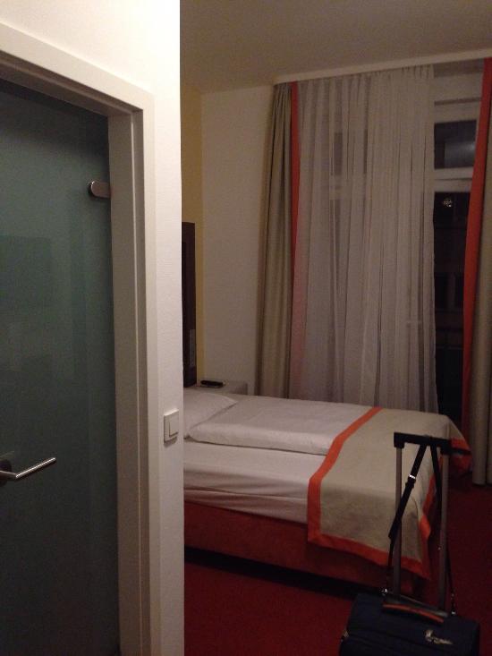 City Partner Augusta Hotel