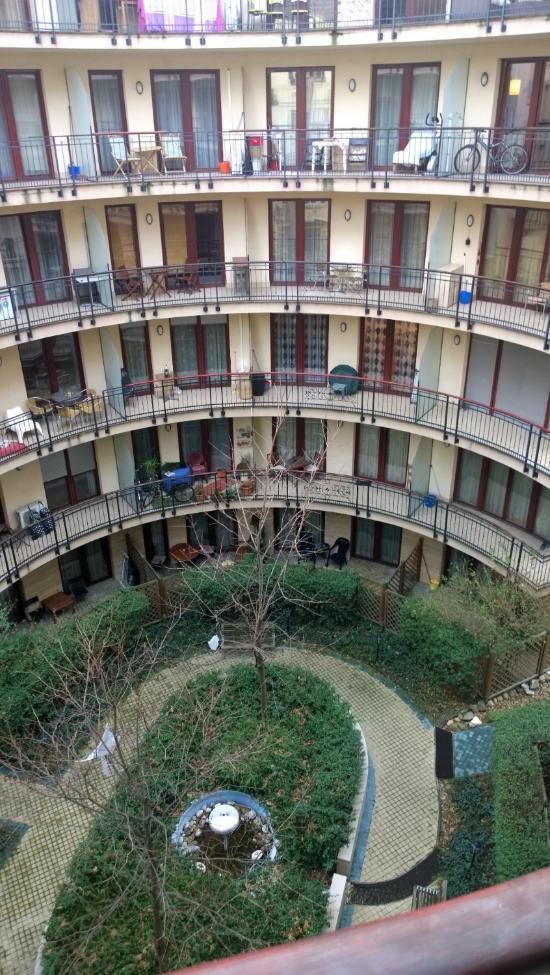 레다 아파트