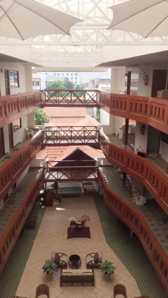 Tawan Court