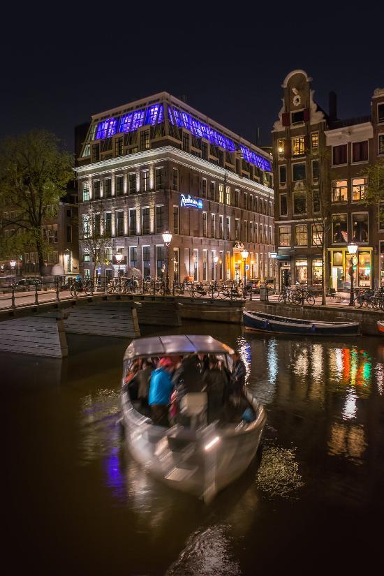โรงแรมเรดิสัน บลู อัมสเตอร์ดัม