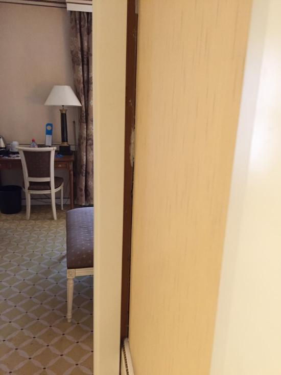 โรงแรม เอ็นเอช เรกซ์