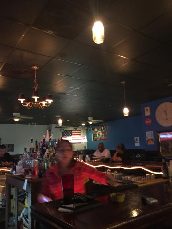 Low key, chill place with great service, great music, amazing drink selection, and amazing food.