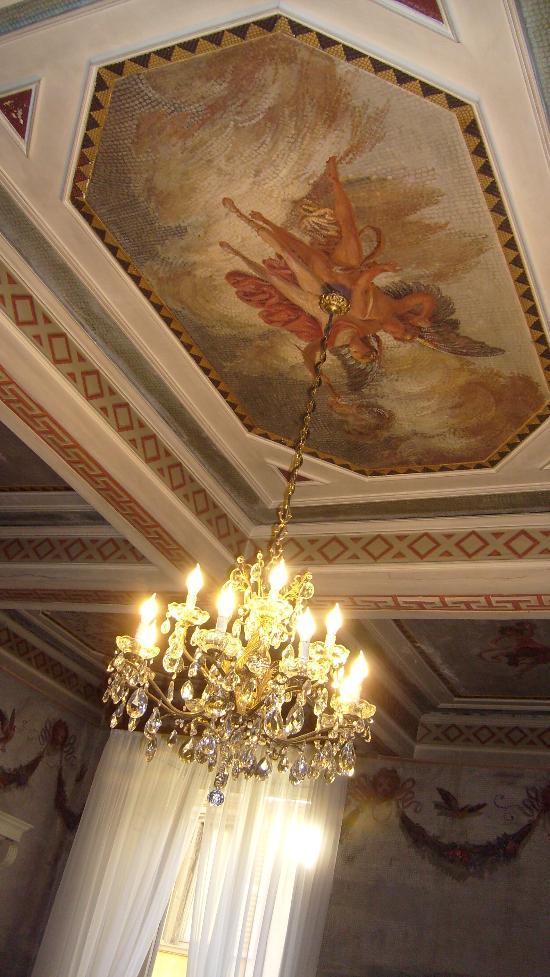 Antica Dimora B&B in Historic Residence