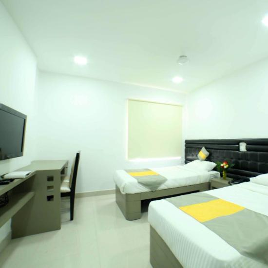 falcons nest la rivera hyderabad lodge reviews photos rate rh tripadvisor in