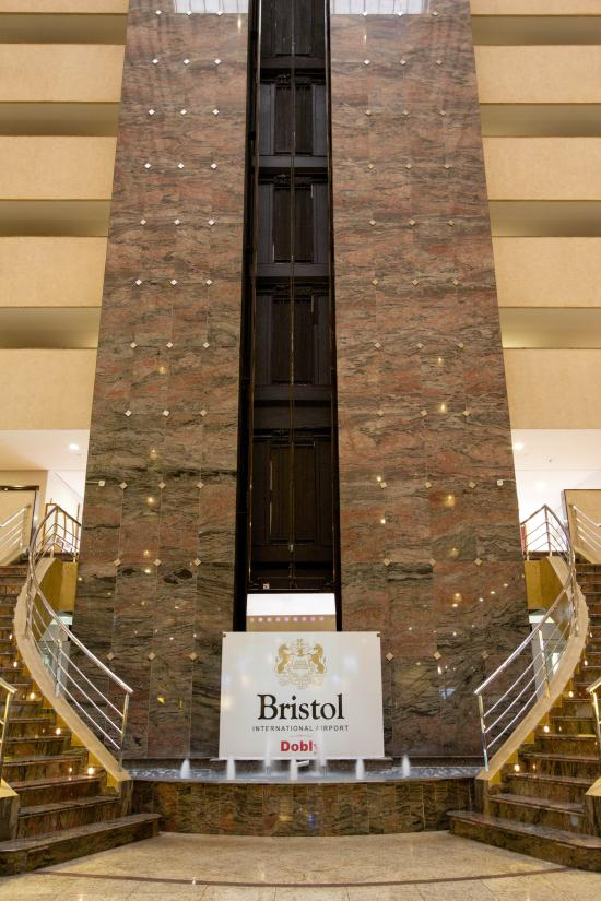 Bristol Dobly International Hotel