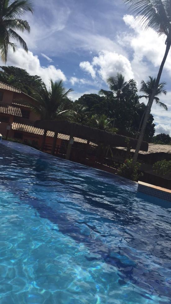 Paraiso tropical village desde arraial d 39 ajuda for Apartahoteles familiares playa