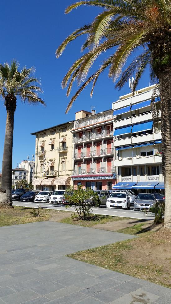Hotel bella riviera updated 2017 reviews price comparison viareggio italy tripadvisor - Bagno maurizio viareggio ...