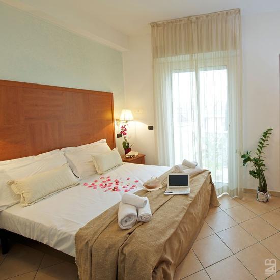 Hotel Lido Cattolica Prezzi 2017 E Recensioni