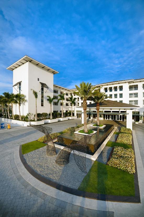 Boca Beach Club, A Waldorf Astoria Resort