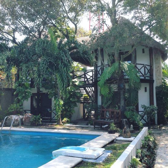 Hotel Cabanas Laguna